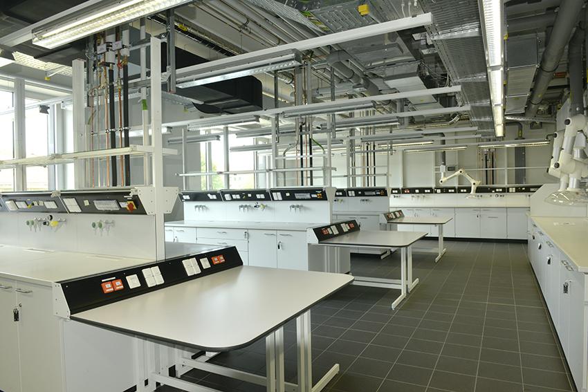 Clemens-Winkler-Bau der Bergakademie Freiberg