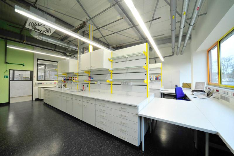 Deutsche Amphibolin-Werke von Robert Murjahn Stiftung & CO KG, Geschäftsbereich Nerchau