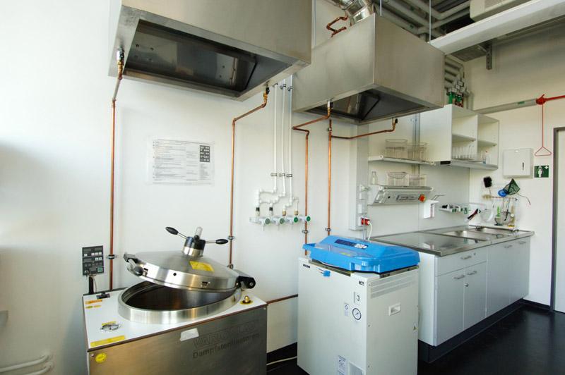 Technische Universität Dresden, Biologische Institute - Tierhaltung/Sterilisation